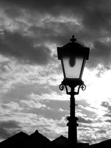 Free Old Streetlamp Royalty Free Stock Photography - 3127907