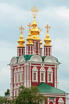 Free Church In The Novodevichy Monastery Royalty Free Stock Image - 31216086