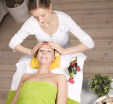 Free Stock Photo Attractive Lady Getting Spa Treatment Royalty Free Stock Photography - 31217597