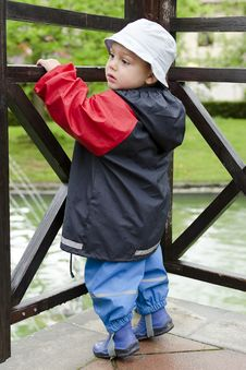 Free Child In Rain Stock Photo - 31218280