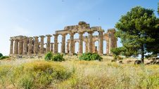 Free The Temple Of Hera &x28;Temple E&x29; At Selinunte, Sicily Royalty Free Stock Photography - 31239587