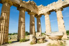Free The Temple Of Hera &x28;Temple E&x29; At Selinunte, Sicily Stock Photo - 31239630