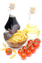 Free Penne Pasta, Fresh Tomatoes, Basil, Olive Oil And Balsamic Royalty Free Stock Images - 31262469