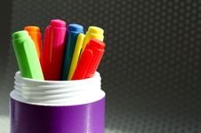Free Lots Of Assorted Colors Marker Pens Stock Image - 31260031
