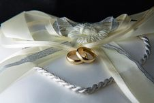 Free Wedding Rings Royalty Free Stock Photos - 31289778
