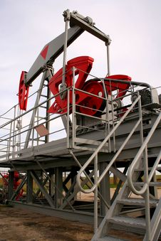 Free Oil Well Royalty Free Stock Photo - 3133115