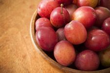 Free Fresh Plums Stock Photography - 3134382
