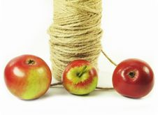 Free Red Apples And String Stock Photo - 3138650
