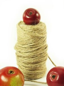 Free Red Apples And String Stock Photo - 3138700