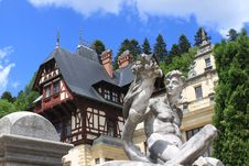 Free Statue At Peles Palace Stock Photography - 31305952