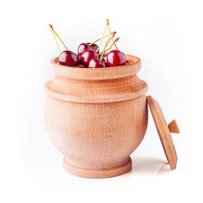 Free Cherry Berries In Wooden Bowl Royalty Free Stock Photography - 31314057