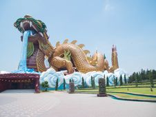 Free The Golden Dragon In Suphanburi  Province , Thailand. Stock Photo - 31349790