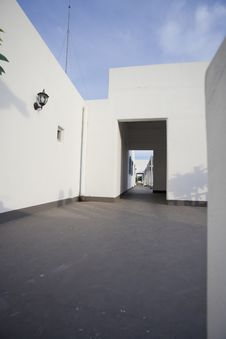 Free Passage Through The Doorway In Santorini Thailand Royalty Free Stock Images - 31357829