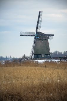 Free Twiske Windmill In Winter Time Stock Images - 31370214