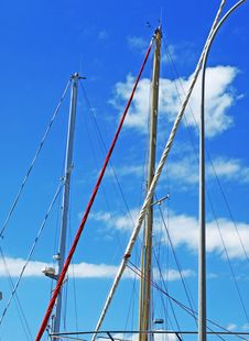 Free Yacht Masts Royalty Free Stock Photos - 31371978