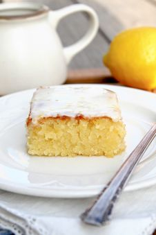 Free Lemon Blondies Royalty Free Stock Images - 31395169