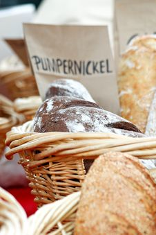 Free Bread Baskets Royalty Free Stock Images - 31395369