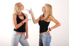 Free Two Girls Discussion Royalty Free Stock Photos - 3140468