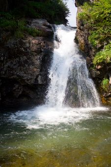 Free Waterfall Royalty Free Stock Photography - 3144047