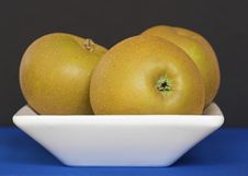 Free Golden Apples In A Bowl Royalty Free Stock Photography - 3145127