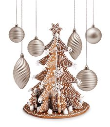 Free Gingerbread Tree And Xmas Silver Decoration Stock Photos - 31413513