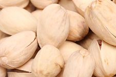 Free Closed Pistachios Royalty Free Stock Images - 31428459