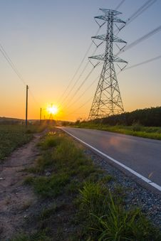 Free Power Line In Sun Set Royalty Free Stock Photography - 31432757