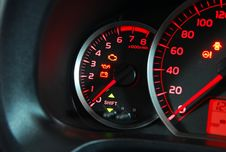 Free Car Tachometer Stock Images - 31436404