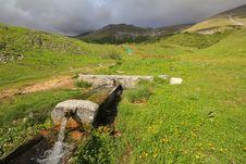 Free Little Mountain Fountain Stock Photography - 31442992