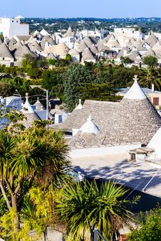 Free Trulli Roofs In Alberobello, Italy Royalty Free Stock Image - 31445776