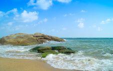 Free Big Rocks On A Sea Shore Stock Photo - 31451640