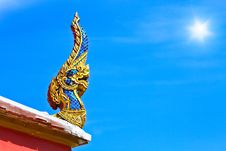 Free Thai Dragon Or King Of Naga Statue Royalty Free Stock Photography - 31478937