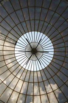 Free Radiate Circular Ceiling Royalty Free Stock Photo - 3157185
