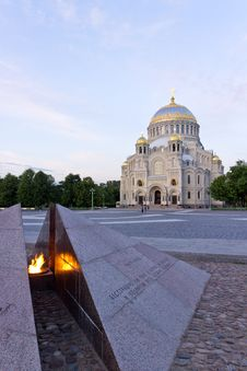 Free The Naval Cathedral Royalty Free Stock Images - 31502989