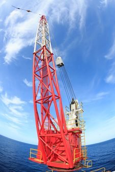 Free Red Rig Crane With Fish Eye Perspective Royalty Free Stock Images - 31517509