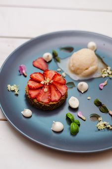 Fancy Dessert With Strawberries Royalty Free Stock Photography