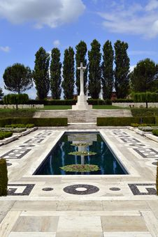 Free Monte Cassino War Memorial Royalty Free Stock Photos - 31532228