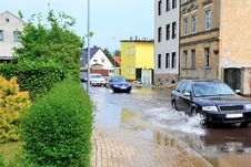Free Flooded Street In Magdeburg Stock Image - 31552001