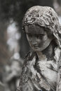 Free Statue Of Women On Tomb Royalty Free Stock Photography - 31576917