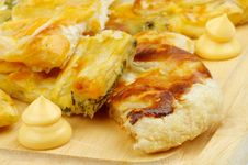 Free Cheese And Greens Pie Royalty Free Stock Images - 31573519