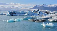 Free Icelandic Glacier Lagoon Royalty Free Stock Photography - 31575727