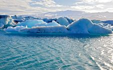 Free Blue Icelandic Icebergs In Jokulsarlon Royalty Free Stock Photo - 31575865