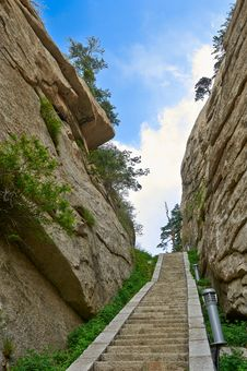The Narrow Mountain Path_Hua Mountain_xian Stock Image