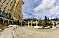 Free The Fairmont Chateau Lake Louise Royalty Free Stock Photos - 31579558