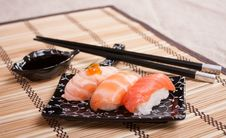 Free Mix Sushi With Salmon, Smoked, Roasted Royalty Free Stock Photos - 31590178