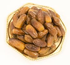 Free Dried Figs On A Polished Bronze Iranian Saucer Stock Photos - 31594563