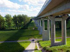 Free Modern Bridge Stock Images - 31599544