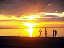Free Family Looking Sunset Royalty Free Stock Photo - 3160415