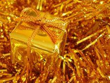 Free Golden Christmas Present. Stock Photography - 3164312