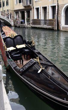 Free Venetian  Boat Royalty Free Stock Image - 3169476